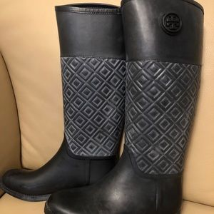 Tory Burch Marion Quilted Rain Boots!